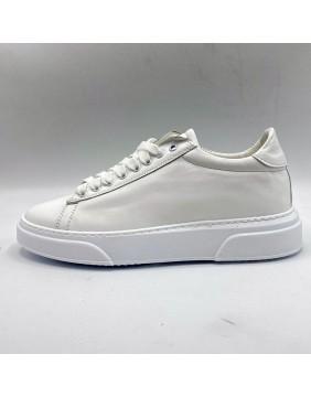 sneakers A full white pelle